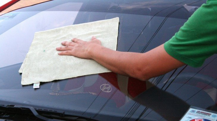commercial-car-windshield